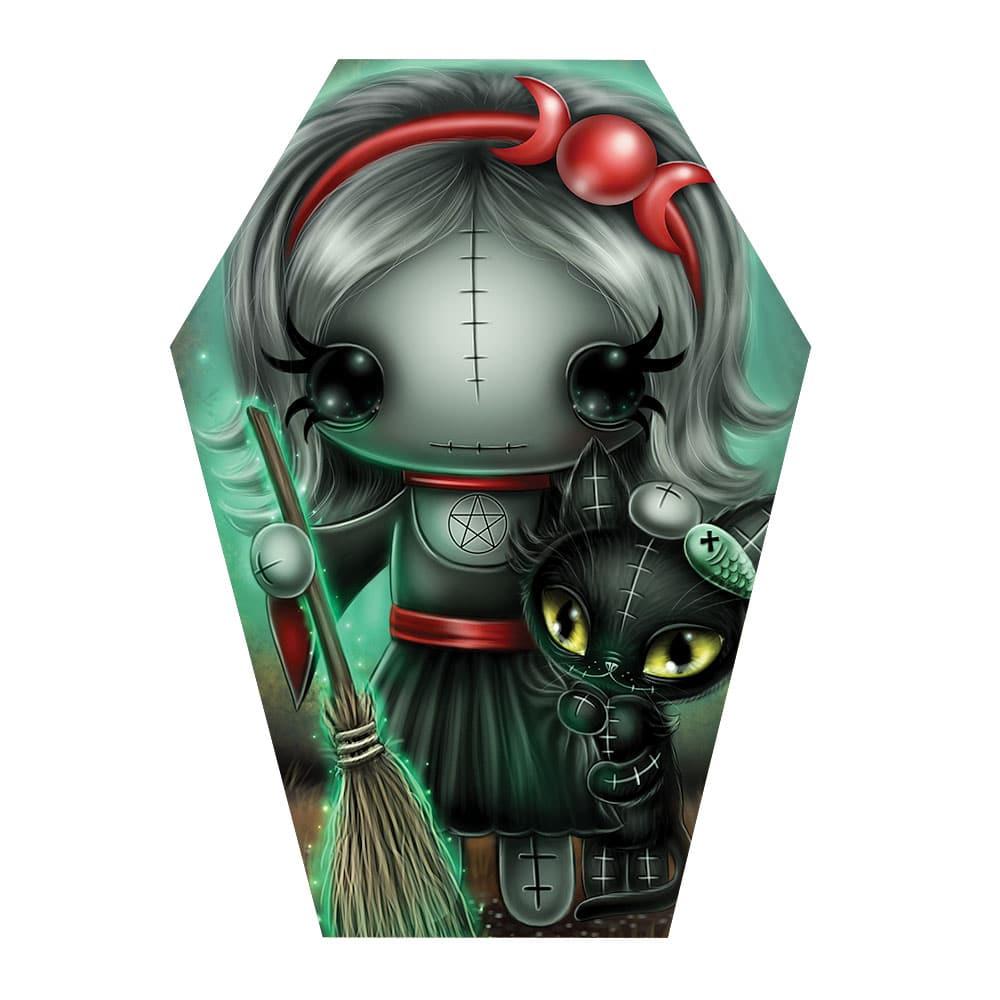 scarlet-artwork-in-coffin-shape